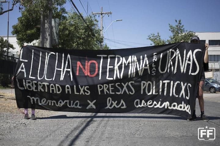 Nos volvimos a abrazar: Comunicado de familiares y amigxs de presxs subversivxs y anarquistas (Esp/Ing)